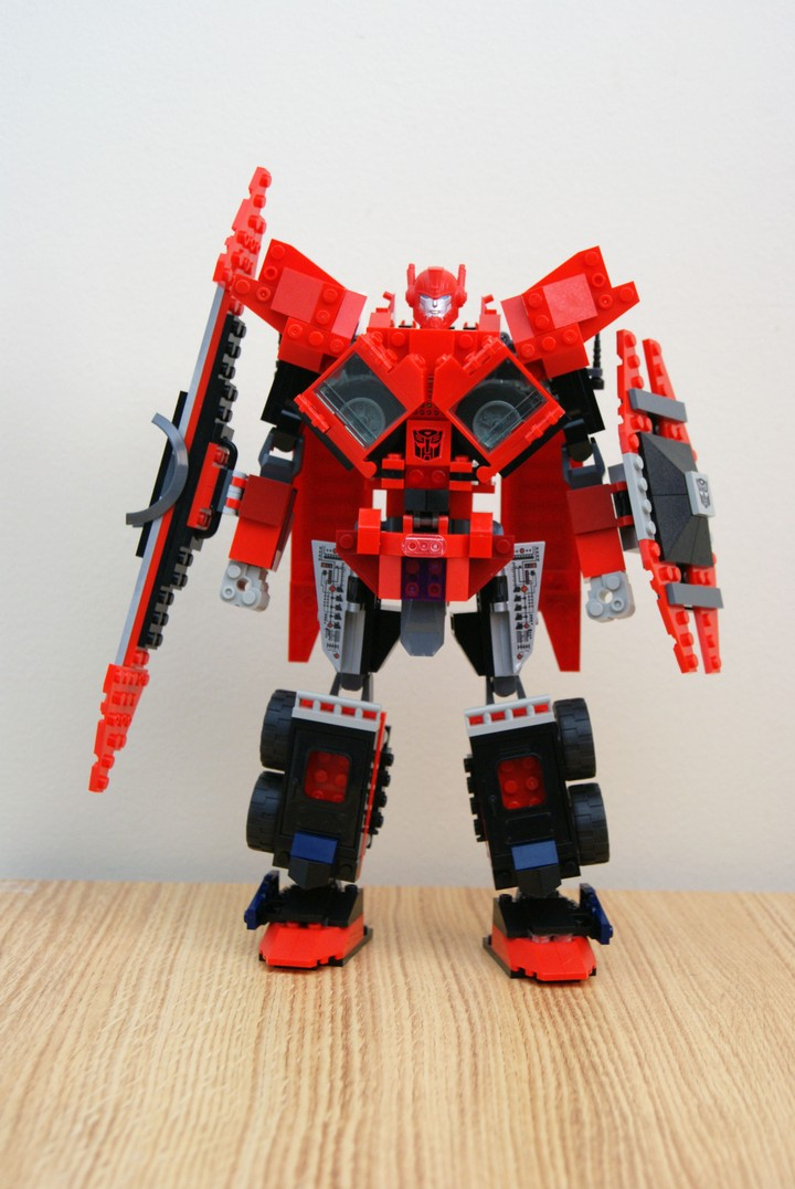 Transformers News: Creative Roundup, January 19th, 2014